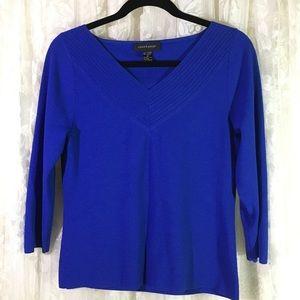 Cable & Gauge Blue V- Neck Shirt